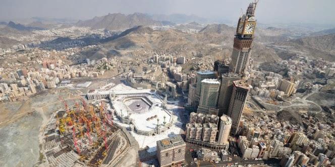 Menara Baru Masjidil Haram Rusak Sumber Air Zamzam