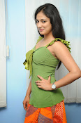 Hari Priya Glamorous Photo shoot gallery-thumbnail-14