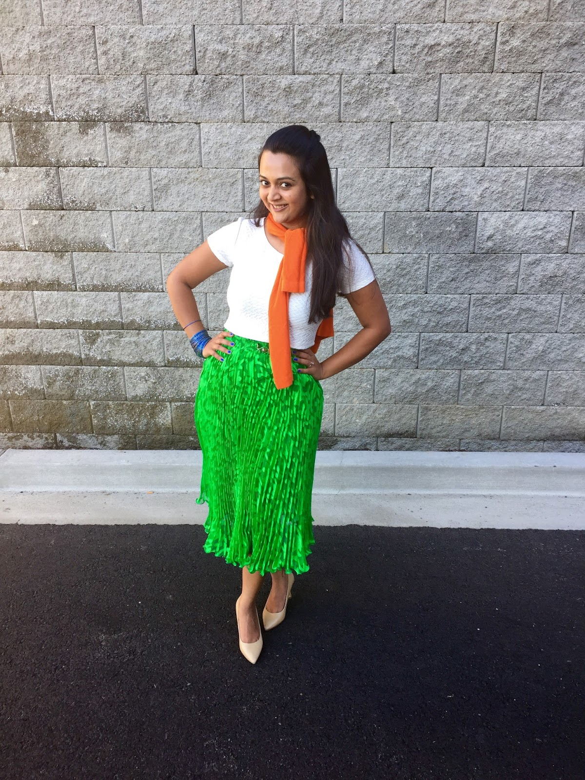 Color blockin outfits, tricolor outfits, green skirt with white top and nude heels, ananya kiran