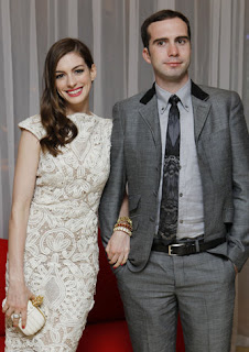 Anne Hathaway engaged to boyfriend Adam Shulman