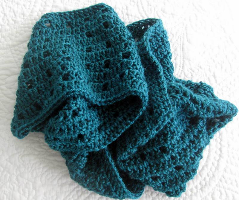 Modern Grace Design Easy Crochet Cowl