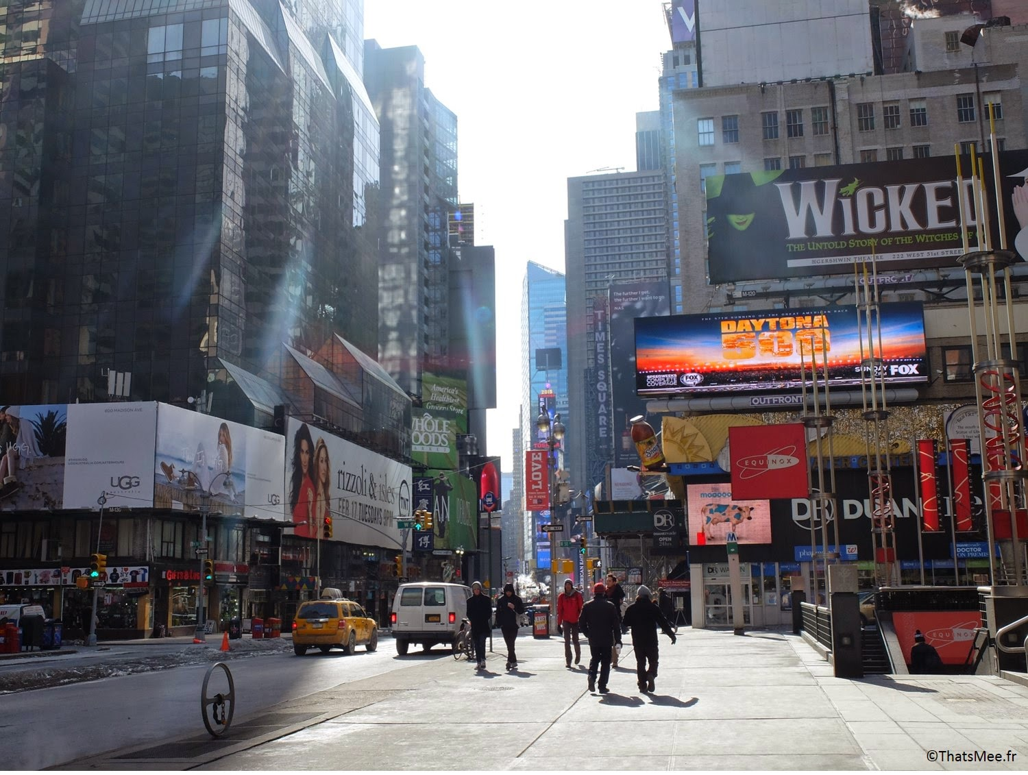 NY visiter New-York Times Square et Broadway disney store Forever 21