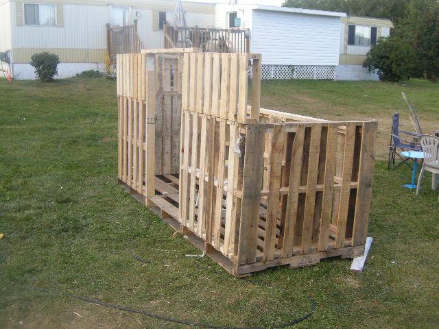 Hacer una pista de paintball con - Construction en palette de bois ...