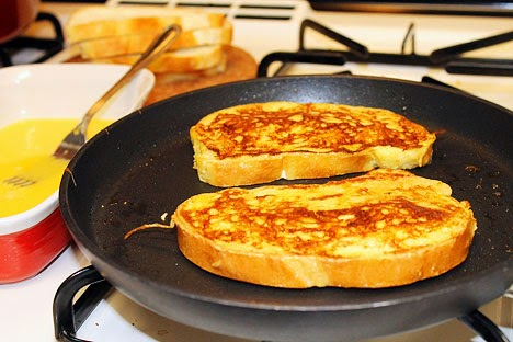 Cook French Toast