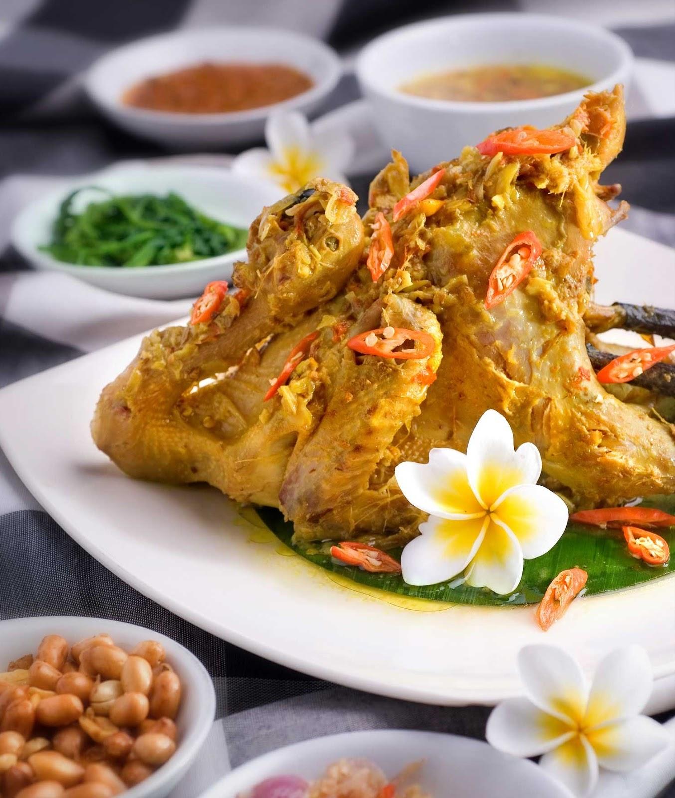 Masakan Ayam Betutu yang merupakan salah satu Masakan yang berasal
