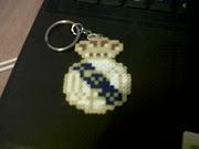 Escudo Madrid llavero hama beads. Precio 2€ (image )