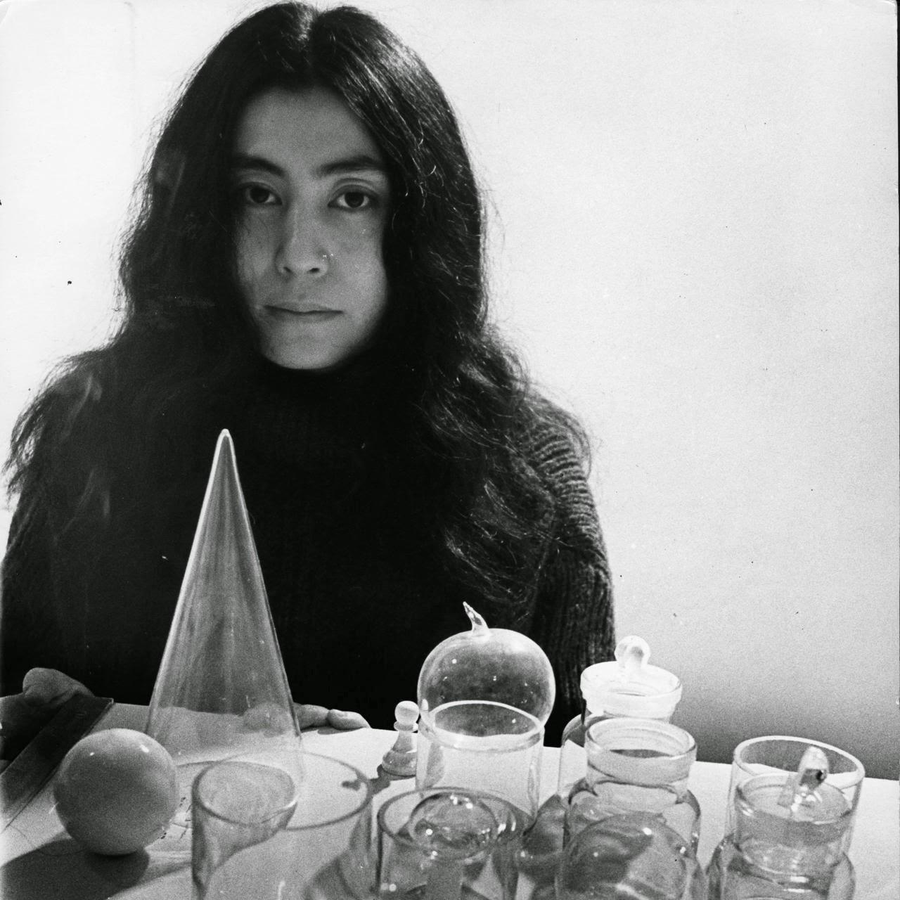 Yoko Ono Nude Photos 10