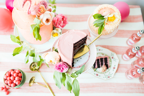 Flamingo Pop. A bridal collaboration with BHLDN and The House That Lars Built. Cakes by Tess Comrie of Le Loup. Rose Lemonade from Pop 'n Sweets. Gold serveware from Anthro. Flamingos from BHLDN. Tablecoth from Anthro. Photo by Jessica Peterson.
