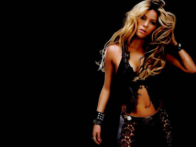 Hot Shakira Pictures