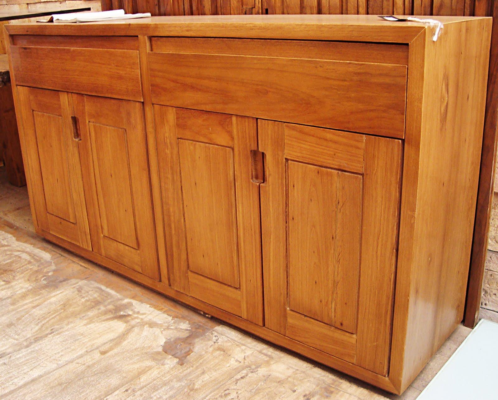 Locação de móveis/EMPÓRIO BRASIL  aluguel mesas madeira/madeira de  #B37918 1600x1284