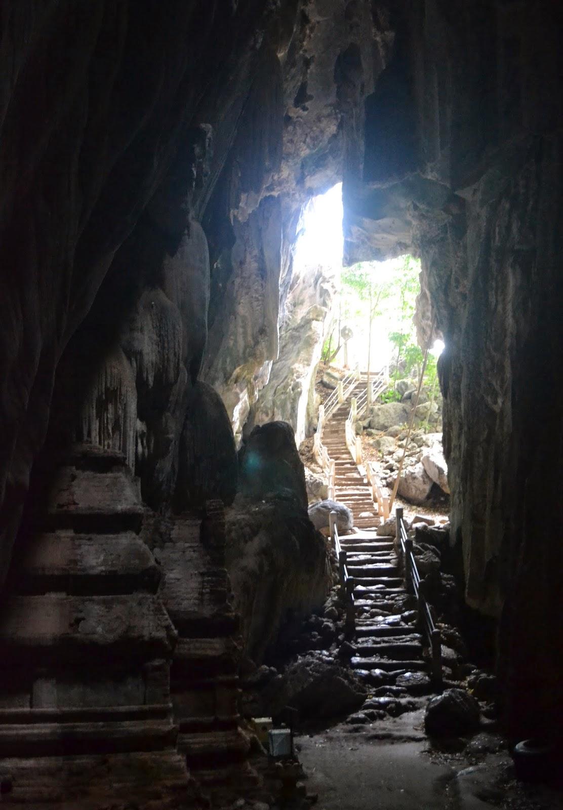 Phnom Chhngok Cave Temple Kampot Cambodia