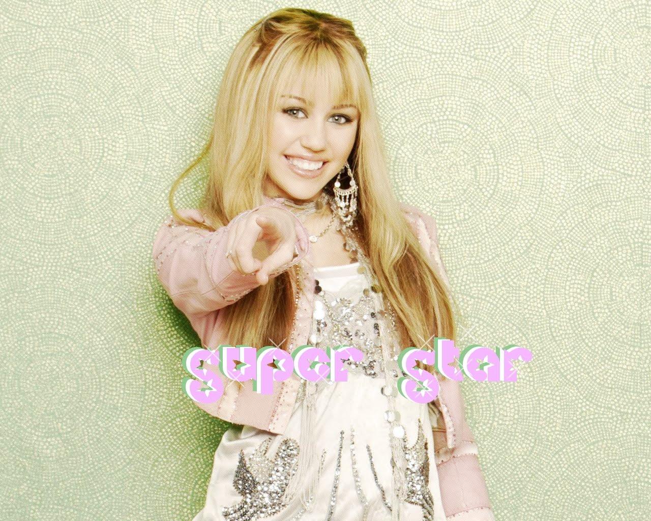 http://4.bp.blogspot.com/-2MwZ_hXEzD8/TeSU0WQko-I/AAAAAAAABj4/-a-z5_D8pnY/s1600/Miley%2BCyrus%2BWallpapers%2BLatest%2B2.jpg