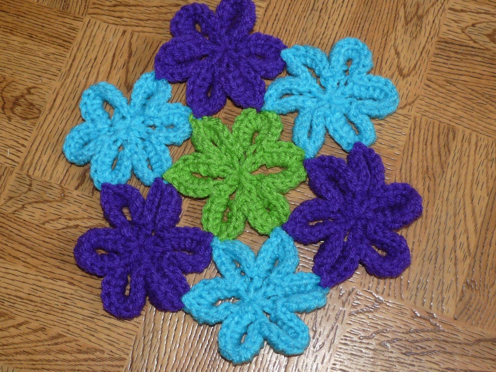 Nancy's Crochet: Mini Japanese Flowers & Pattern coming...