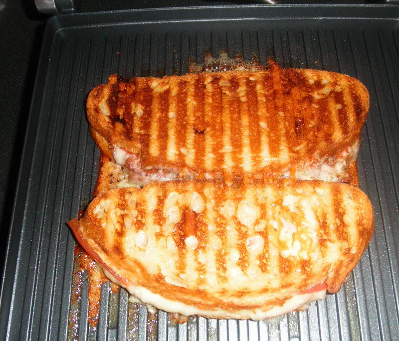 bacon cheddar bagel panini recipes dishmaps bacon panini recipes bacon ...