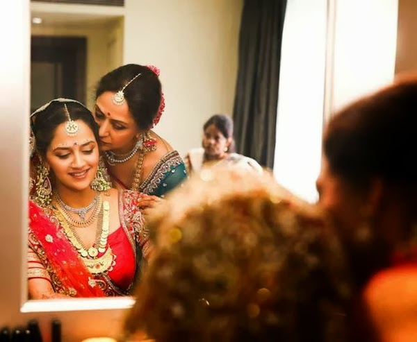 Ahana With Hema Malni in wedding dress