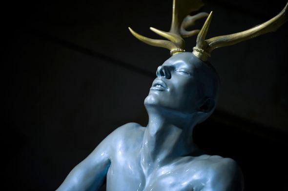 Ângela Lergo esculturas e instalações de arte surreais oníricas Eu irei