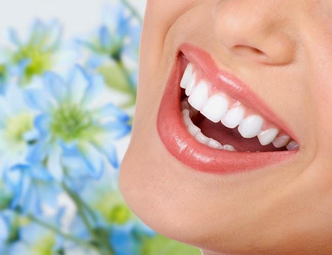 Cách tẩy trắng răng tự nhiên hiệu quả