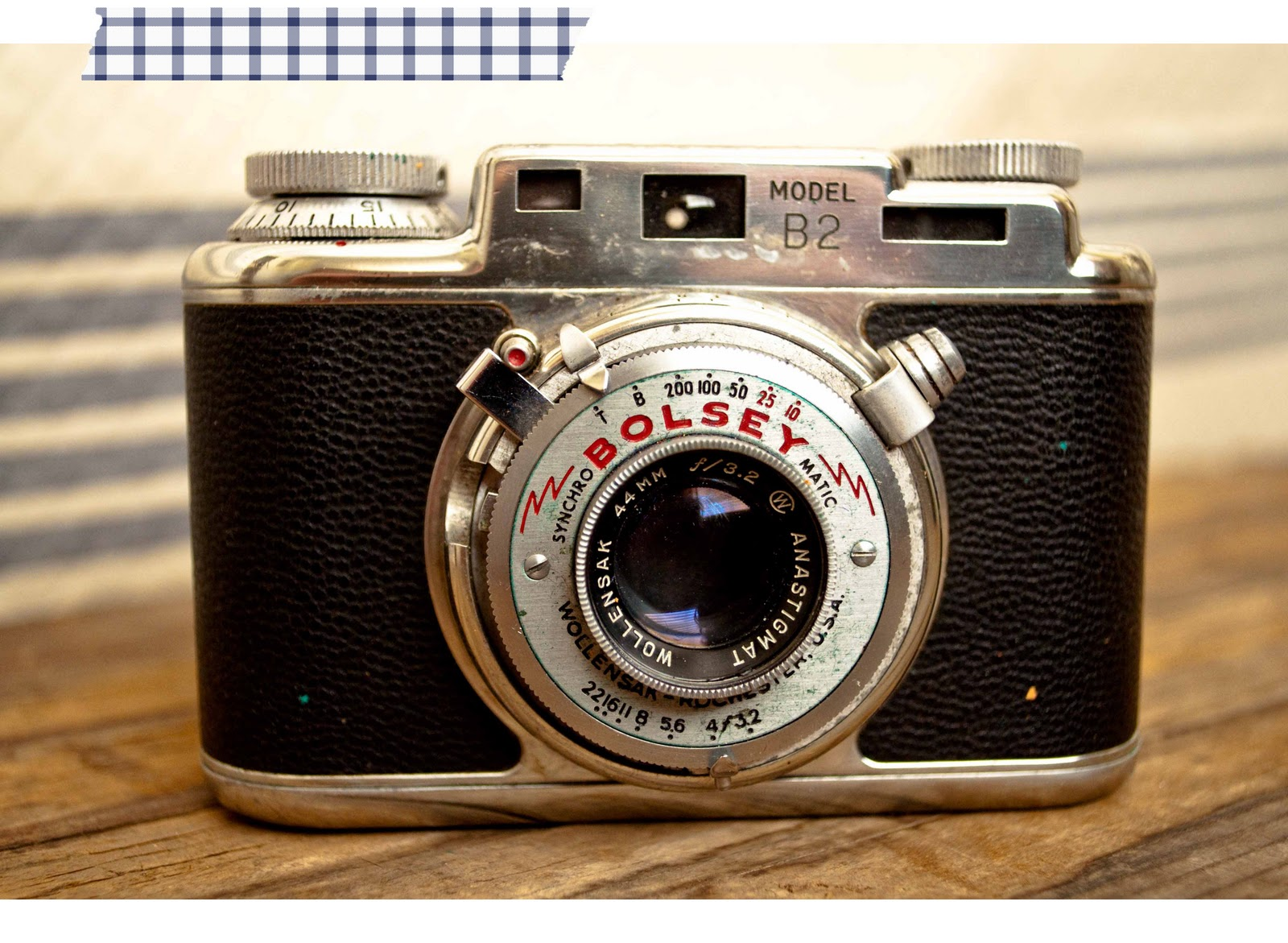 Displaying 17> Images For - Vintage Camera...