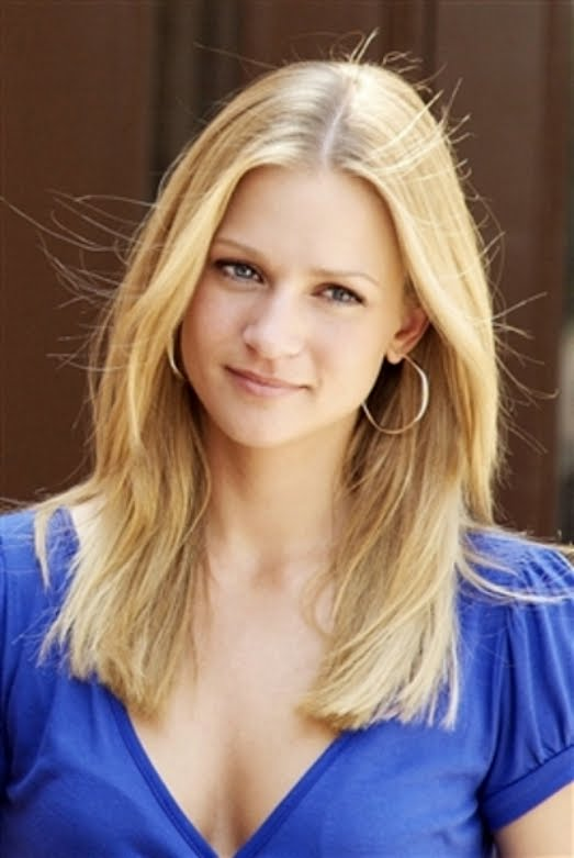 A.J. Cook - Images Gallery