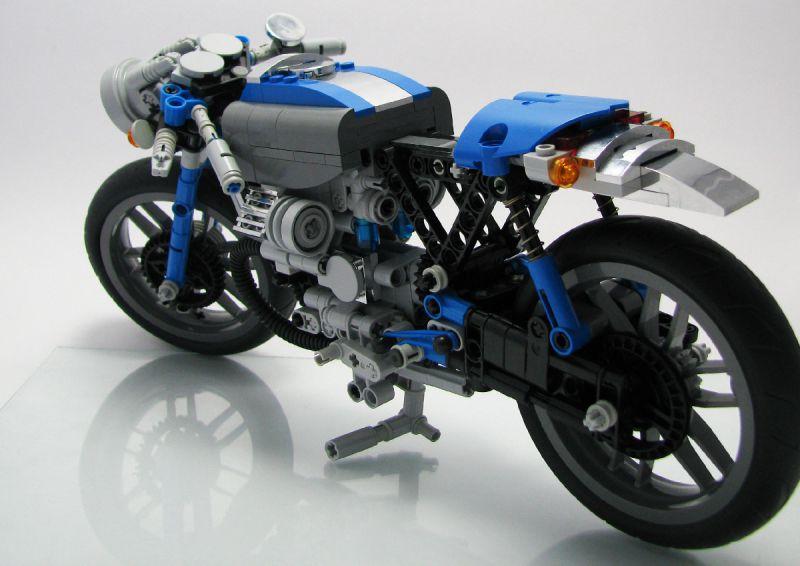 lego technic motorcycles custom moto guzzi based cafe racer by kira redlof. Black Bedroom Furniture Sets. Home Design Ideas
