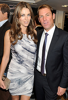 Elizabeth Hurley Is Engaged With Shane Warne !