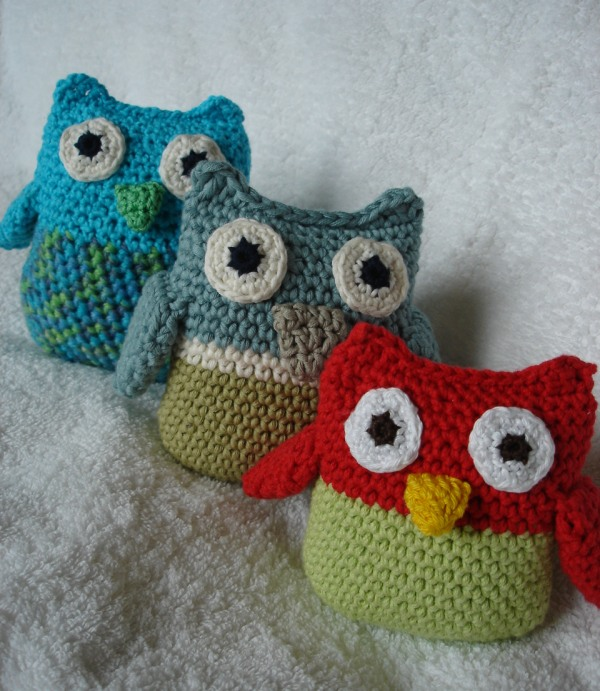 Free Crochet Owl Cushion Pillow Pattern : Is it a toy: A free pattern for 2012