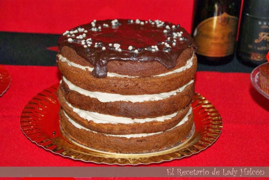 Tarta de chocolate y café para un cumpleaños