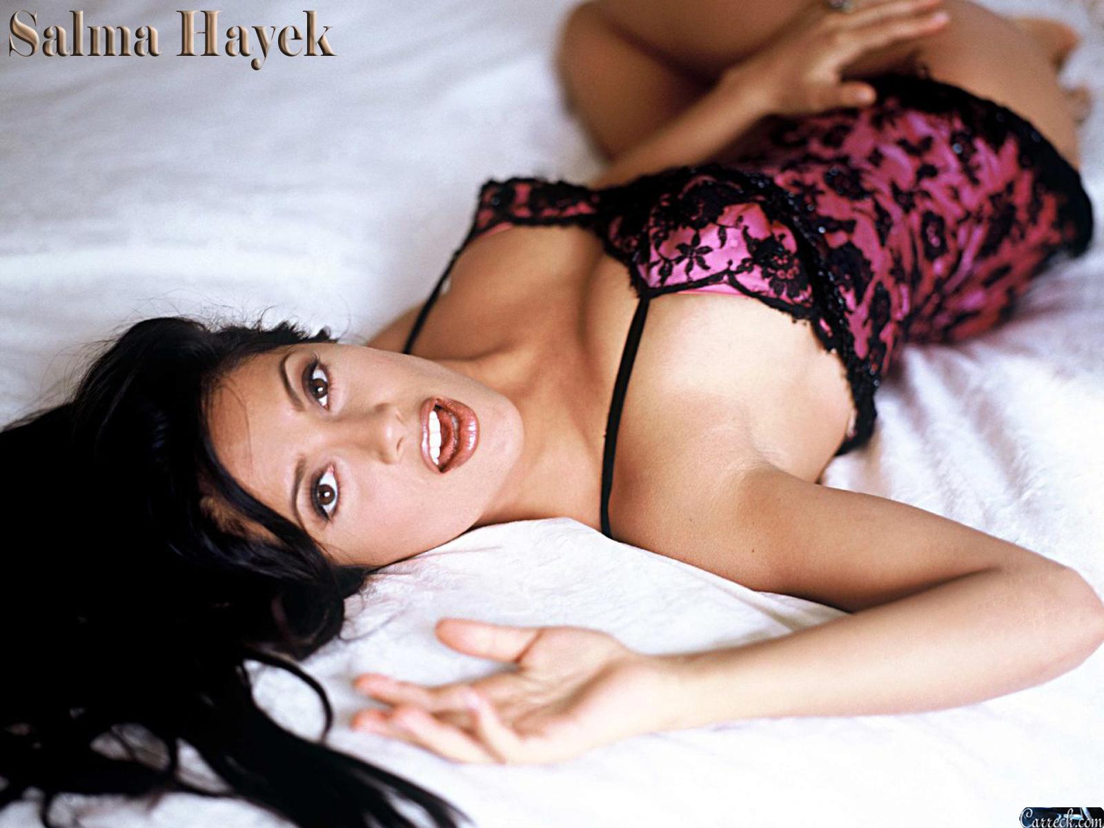 Сальма хайек большая грудь, Пластика груди Сальмы Хайек 2 фотография