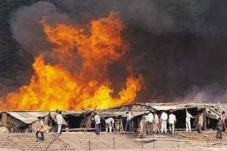 চট্টগ্রাম হিন্দু পাড়ায় মুসলিম ইসলামী আক্রমণ বাড়িঘরে আগুন