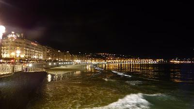 Playa de la Concha de noche
