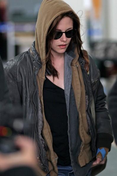 kristen stewart bella vampire. and Kristen Stewart (Bella