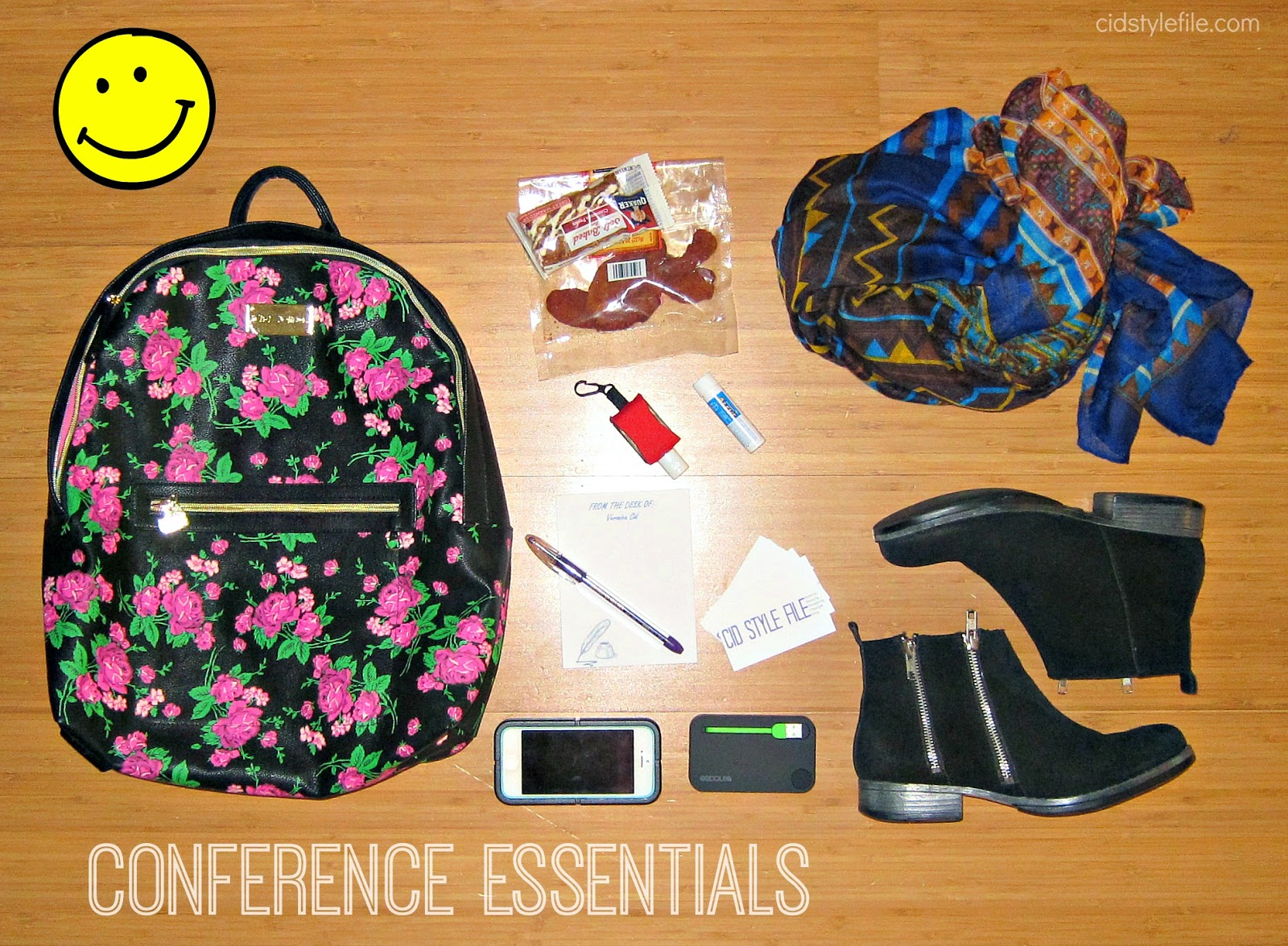 we all grow, blogger conference, must have items, essentials, iphone, business cards, comfy shoes, scarfs, portable charger, sanitizer, snacks, cid style file, latina bloggers,