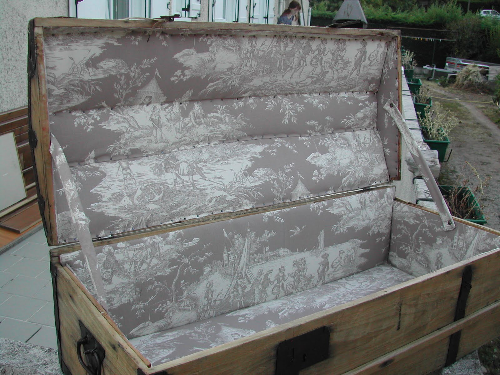 lever de rideau sur votre int rieur juillet 2011. Black Bedroom Furniture Sets. Home Design Ideas