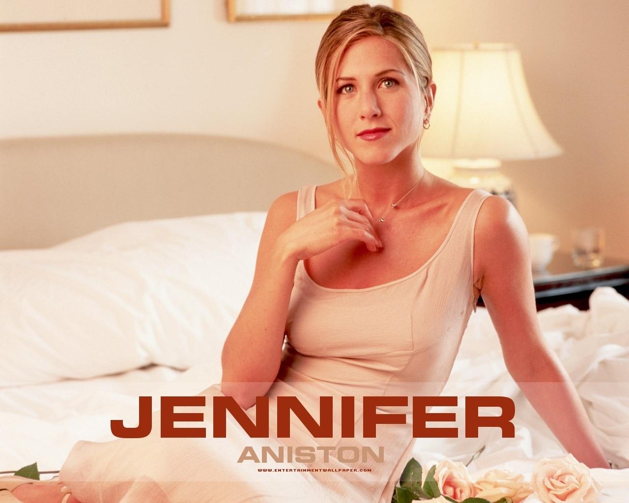 http://4.bp.blogspot.com/-2ORb_zrAj6U/UHij4xlWI_I/AAAAAAAACNE/kGsOYkXB2q8/s1600/2-Jennifer-Aniston.jpg