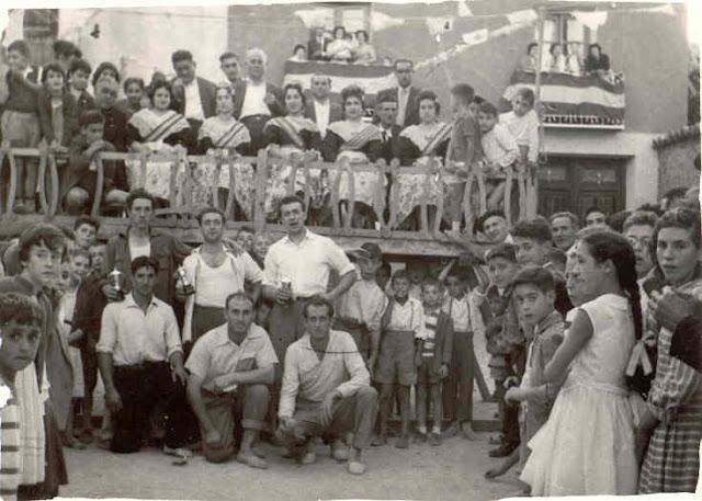 fiestas-torrebaja-foto-antigua