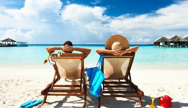 Daftar Keperluan Yang Wajib Dibawa Sebelum Pergi Liburan Ke Pantai