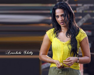 South indian actor anushka hot biography