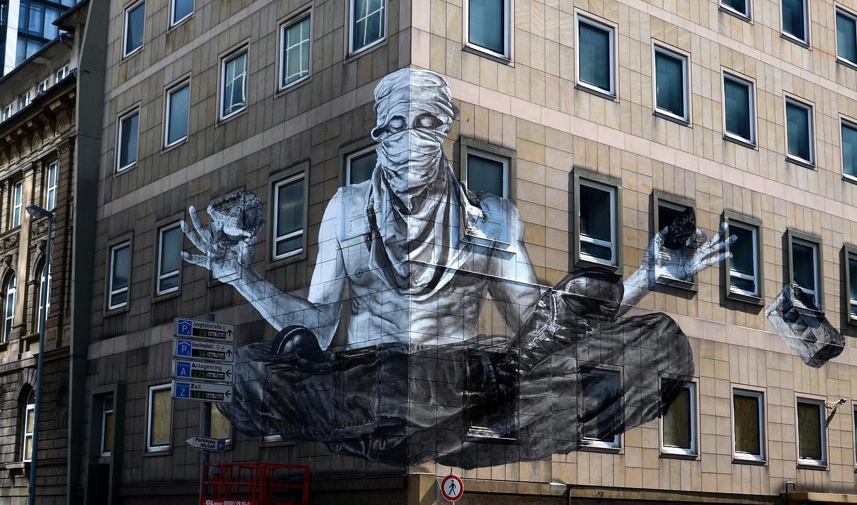 Alexandre orion new mural in frankfurt germany for Mural street art