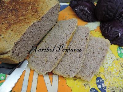 Pan integral de col lombarda for Cocinar col lombarda