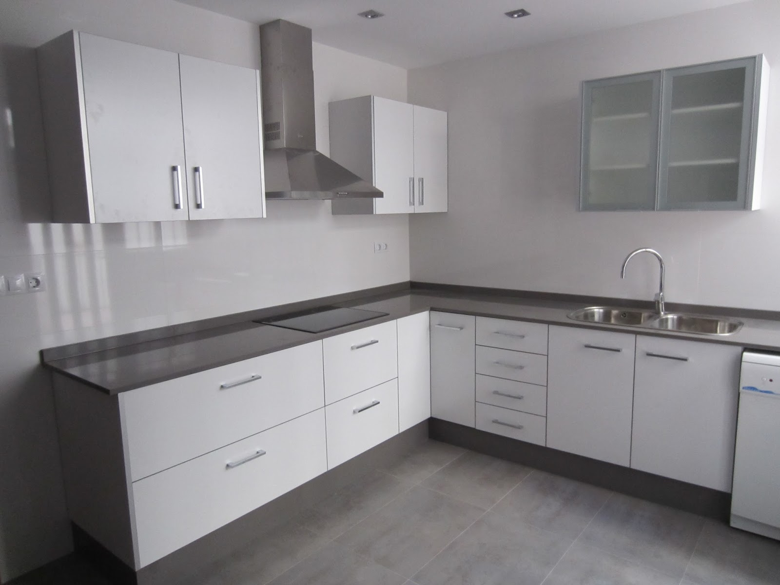Mueble cocina blanco brillo jpg 1600 1200 kitchens - Muebles cocina blanco ...