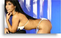 Karen Dejo desnuda