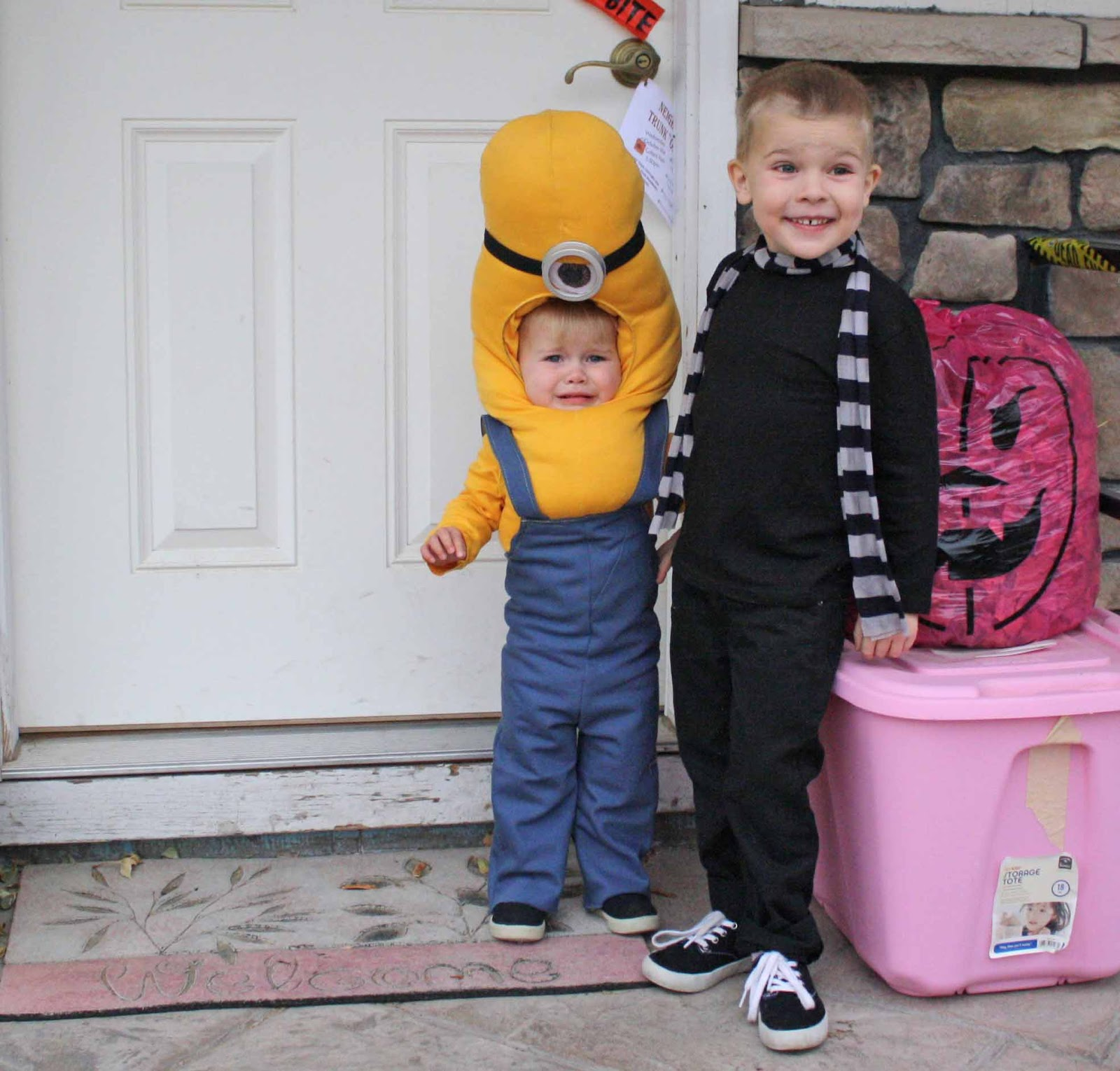 gru and minion halloween costume