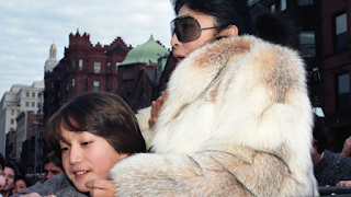 Never-seen-before shot of Yoko Ono and Sean lennon