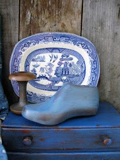 shoe last & shaker spool