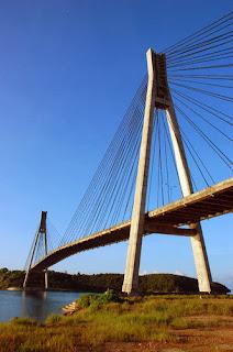 Pemandangan di jembatan barelang batam