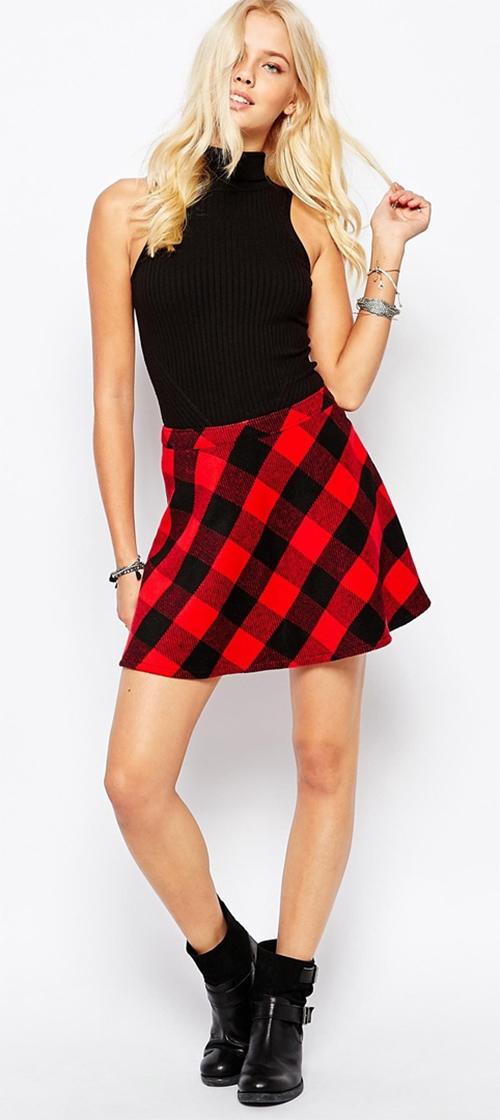 Jupe écossaise rouge et noire courte Hollister