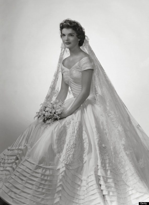 http://www.huffingtonpost.com/2013/02/05/ann-lowe-black-fashion-designer-jacqueline-kennedy-wedding-dress_n_2624316.html#slide=2065950