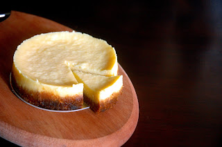 Queso de Bola Cheesecake Recipe | Healthy Bake Recipe