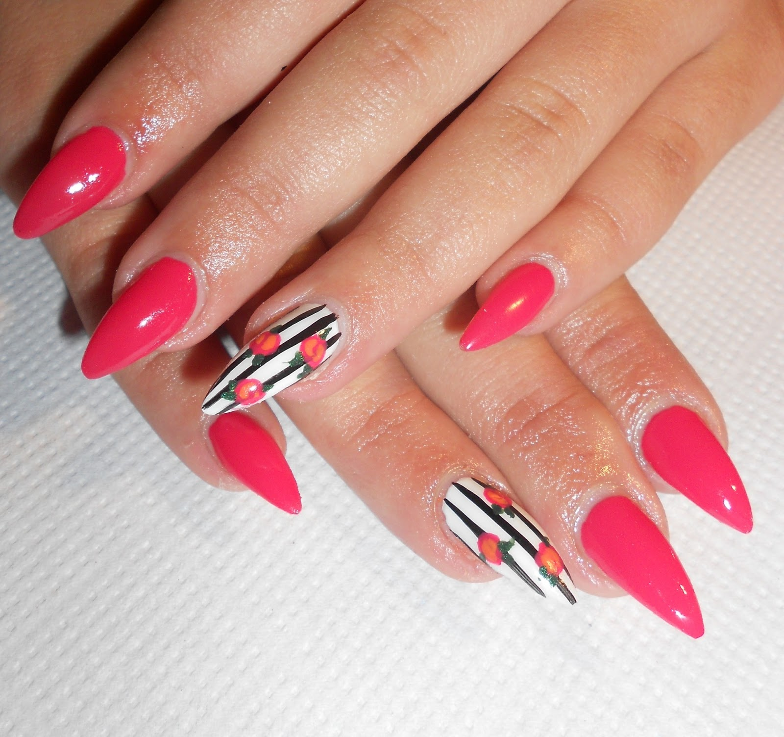 The Cool Nails art design pictures 2015 Images