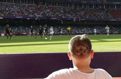 Fan sports Olympic hairstyle